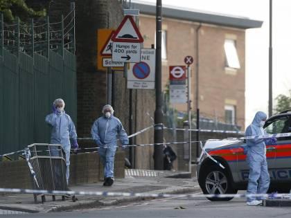 Londra, l'uomo ucciso era un soldato. Si batte la pista nigeriana