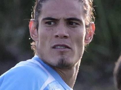 Napoli, 7 milioni per tenersi Cavani. Mou tenta Jovetic. Pizarro vice Pirlo?