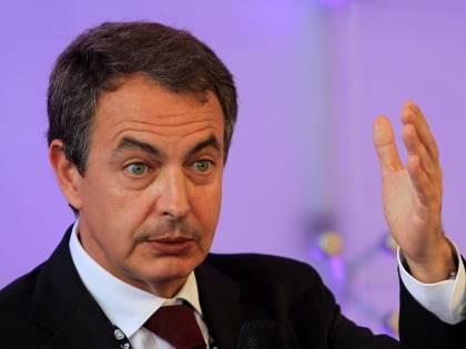 Dal ministro Usa a Zapatero quelli che hanno già svelato il complotto contro il Cav