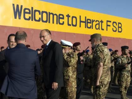 """Letta: """"Non lasceremo l'Afghanistan"""""""