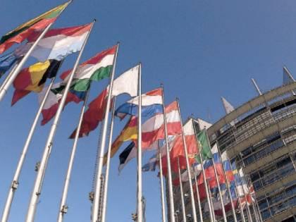 L'italiano vince in Europa: no ai bandi discriminatori