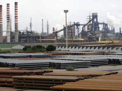 Taranto, morti per amianto: condannati 28 ex dirigenti