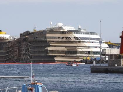 Costa Concordia: i resti trovati ieri di origine animale, non umana