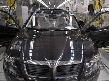Auto, mercato migliora in Europa ma in Italia è ancora in calo