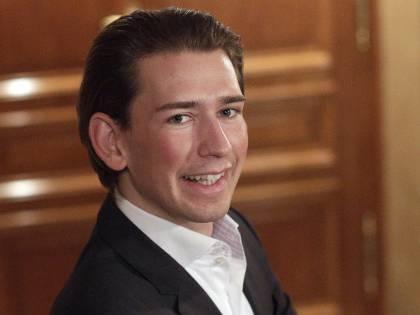 """Ministro austriaco: """"Confinare i clandestini su un'isola"""""""