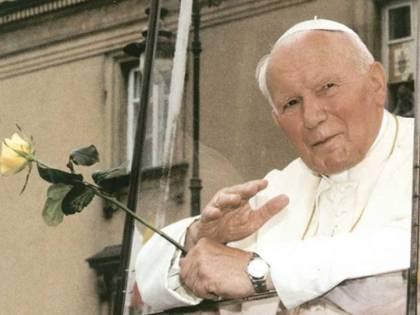 """L'attacco del Nyt a Giovanni Paolo II: """"Santo troppo in fretta"""""""