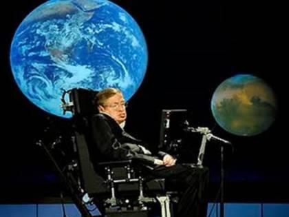 """Stephen Hawking: """"Il futuro dell'umanità è su un altro pianeta"""""""