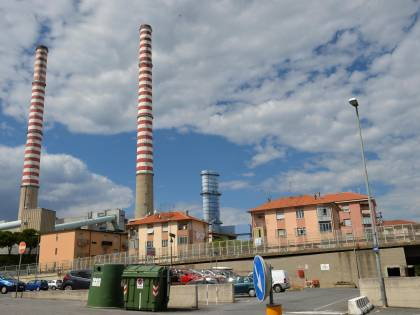 """Centrale Tirreno Power sequestrata: """"Non rispettati limiti sulle emissioni"""""""