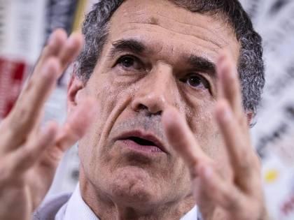 """Statali, la cura di Cottarelli: """"In arrivo 85mila esuberi"""""""