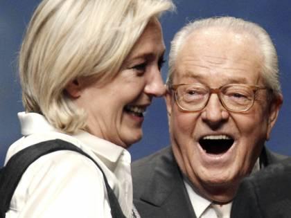 Il ballo con gli ebrei nel tweet antisemita di Jean Marie Le Pen