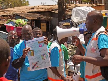 "Guinea, cresce l'emergenza ebola. Msf: ""Epidemia senza precedenti"""