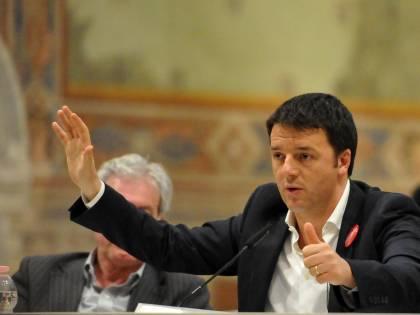 """Renzi: """"80 euro per 6,5 milioni di italiani"""" Ma li aveva promessi a 10 milioni di cittadini"""