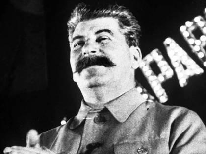 """La biografia """"definitiva"""" del dittatore che fa a pezzi il mito del comunismo"""