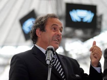 Italia e Francia unite per Platini. E Zico si candida via Facebook