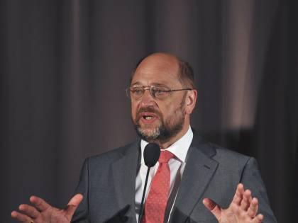 """Schulz avverte la Grecia: """"Decidete il vostro futuro. Ma con l'Europa"""""""