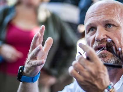 Nuovo incarico per l'ex sindaco di Livorno Nogarin: collabora con la Raggi
