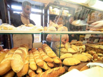 Liberalizzazione orari negozi: flop di Monti. Persi 100mila posti di lavoro