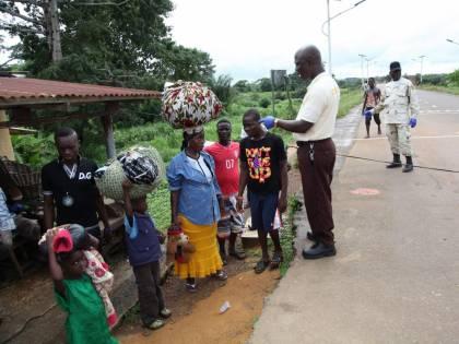 Oltre 700 vittime per l'Ebola. In pochi giorni 57 nuovi casi