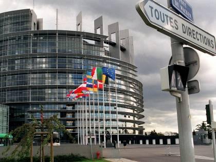 Brexit, ora l'europarlamento si sposta a destra