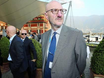 Alitalia, dopo 11 anni privati il governo torna alle nomine