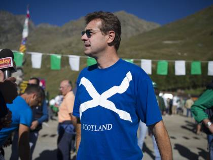 Appelli in gaelico e t-shirt. Ecco l'Italia che tifa Scozia