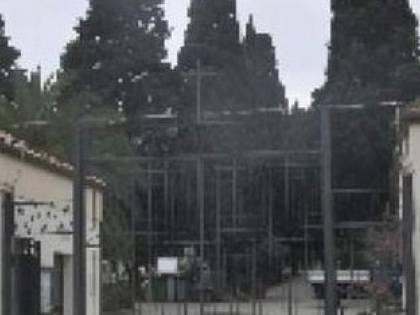 """Crotone, rimossa la Croce del cimitero per """"non turbare"""" i fedeli di altre religioni"""