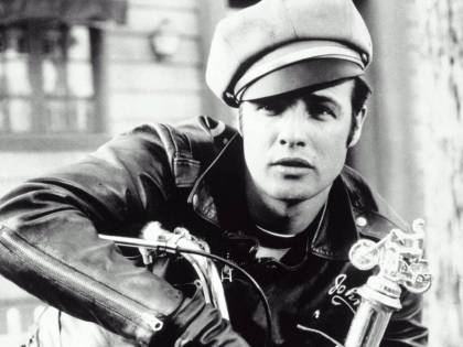 Il divo perfetto di Hollywood ha la bocca di Brando e il passo alla John Wayne