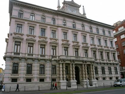 Generali bocciata da S&P solo perché ha sede in Italia
