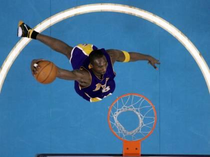 Nba, Kobe Bryant supera Michael Jordan: è il terzo miglior marcatore di tutti i tempi