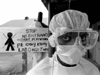 Trovato il vaccino che ferma il virus dell'ebola