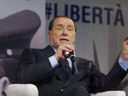 """Craxi, il ricordo di Berlusconi: """"Mi manca, simbolo di dignità"""""""