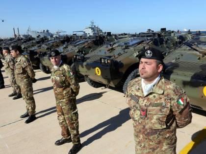 Buste paga impazzite: solo un euro ai militari