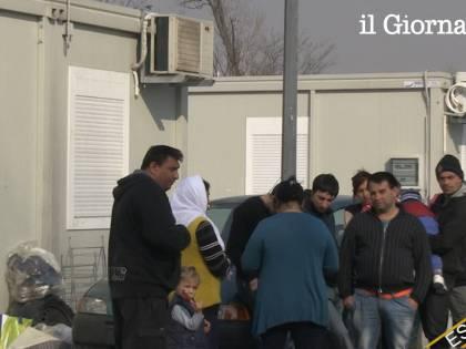 Parabola, playstation, aria condizionata: così gli italiani mantengono i rom