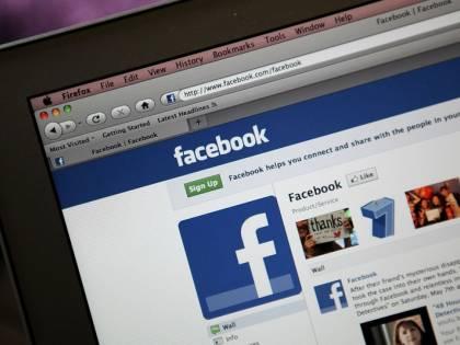 Facebook tenta la rivoluzione: addio link, news sui social
