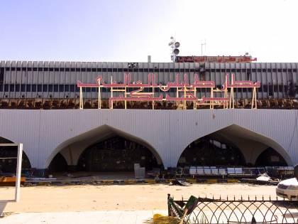 """L'annuncio dei ribelli a Tripoli: """"Circondati i palazzi del potere"""""""
