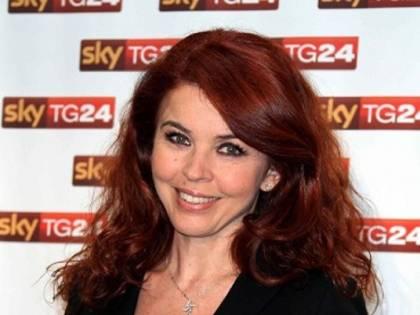 Paola Saluzzi sospesa da Sky per il tweet contro Alonso