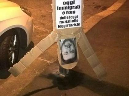 Torino choc: sagoma di Salvini appesa come morti di piazzale Loreto