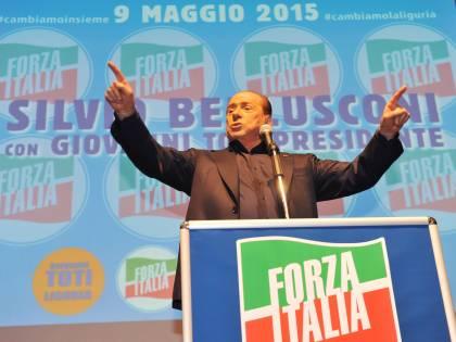 """Berlusconi ai moderati: """"La destra estrema non batte la sinistra, solo il centrodestra"""""""