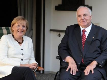 L'ex cancelliere tedesco Kohl ricoverato in ospedale in condizioni critiche