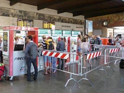 Firenze, extracomunitario aggredisce dipendente Fs a pugni in faccia