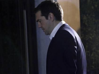 Il piano della minoranza di Syriza: tornare alla dracma e bloccare il governo