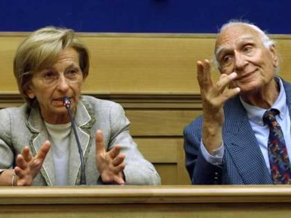 Bonino e Pannella: spunta un libro segreto