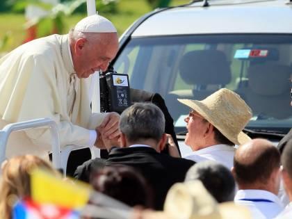 """Il Papa a Cuba: """"Non si abusa dei propri concittadini"""""""