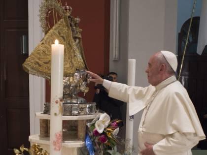 """Nel suo ultimo giorno a Cuba il Papa invita alla """"rivoluzione della tenerezza"""""""