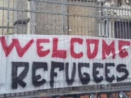 Caos all'Università di Napoli. Corsi gratis ai migranti, test falsati agli studenti