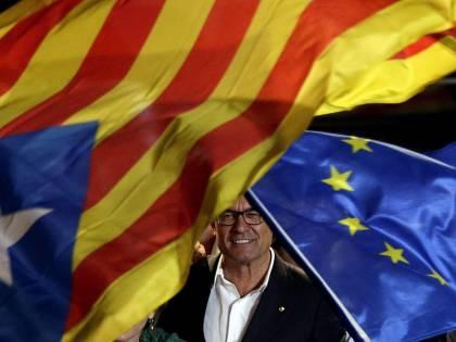 Referendum indipendenza, ritorsioni su Arturo Mas: indagato per disobbedienza