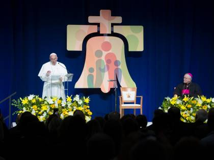 Se un attivista gay legge alla Messa con papa Francesco