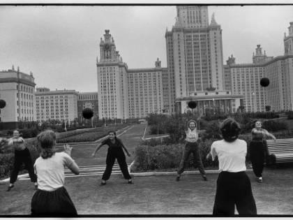 Il ritorno al passato di Vladimir Putin, nelle scuole il test di efficienza fisica