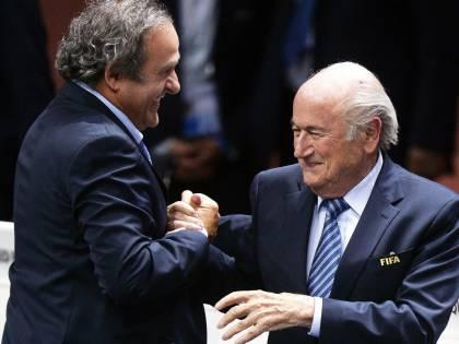 Dopo Blatter sospeso Platini E il pallone non ha più capi