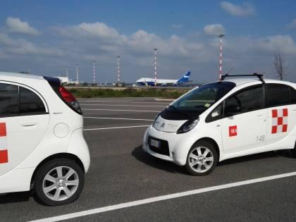 """Malpensa aeroporto """"green"""", niente inquinamento con le auto elettriche"""